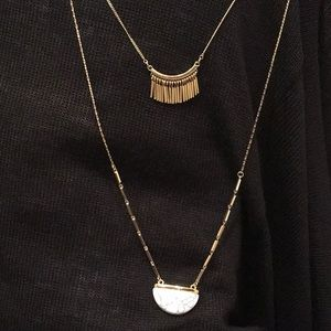 Jewelry - ** 3 for $45 SALE ** Berry Stone Pendant Necklace
